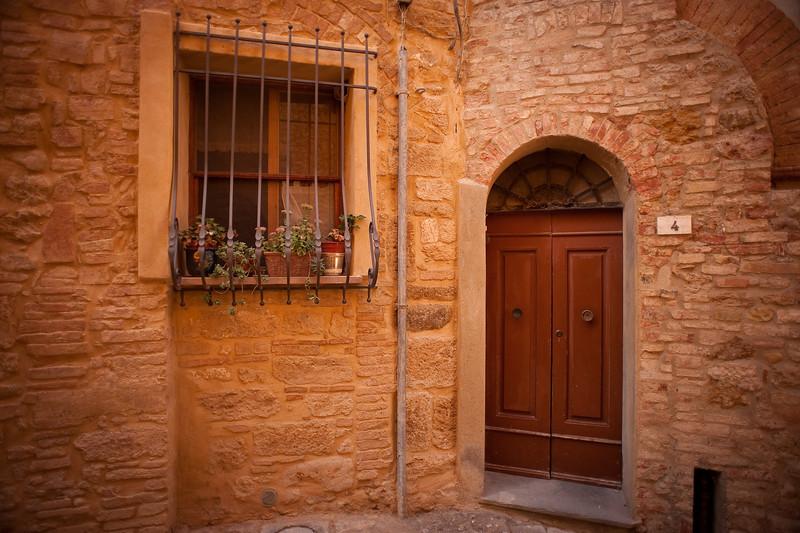 Home in Volterra