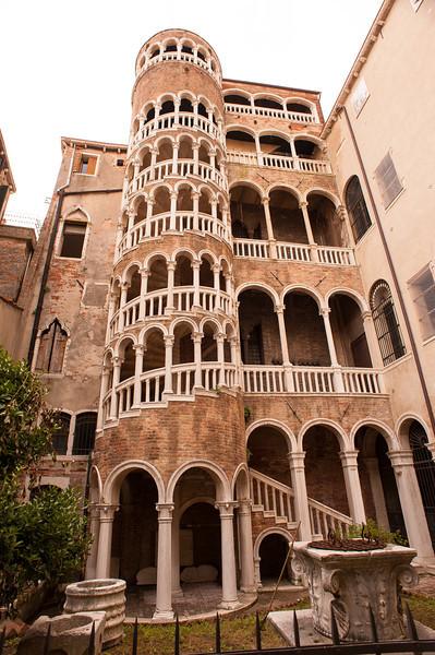 Scala Contarini del Bovolo - circa 1499