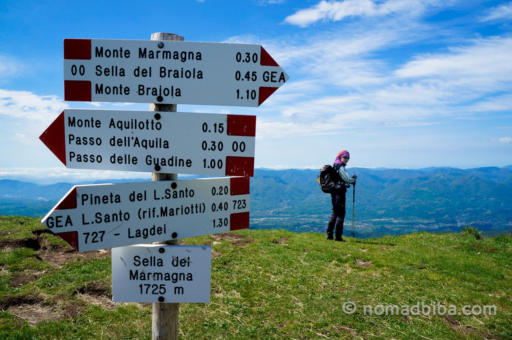 Hiking to Monte Marmagna in the Appenines (Italy)