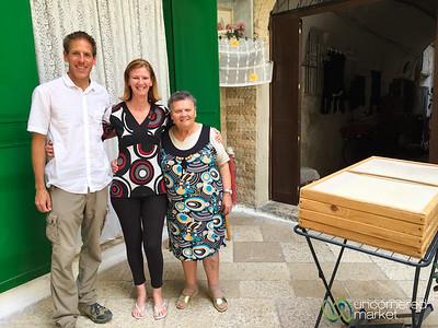 Bari Old Town Oricchiette Ladies - Puglia, Italy