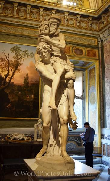 Bernini - Aeneas, Anchises, and Ascanius fleeing Troy