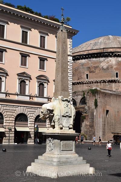 Bernini - Piazza della Minerva - Obelisk & Elephant