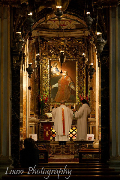 "<a target=""NEWWIN"" href=""http://en.wikipedia.org/wiki/Sant%27Agostino"">Chiesa di San Agostino</a>, Roma"