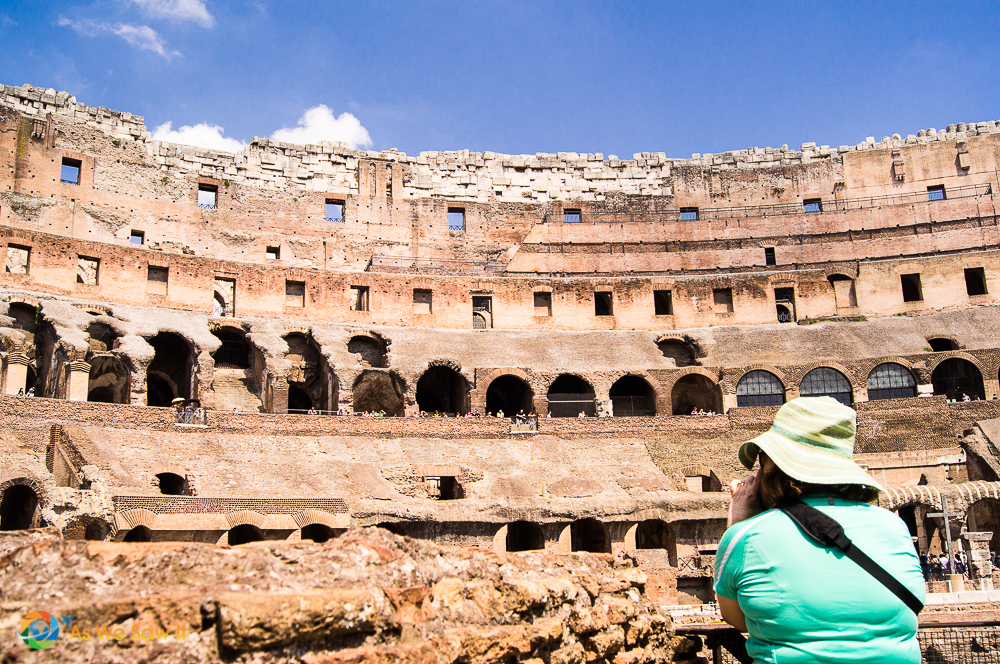 photographing the Roman Colosseum