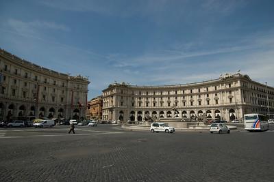 Wide shot of Piazza Della Repubblica in Rome, Italy