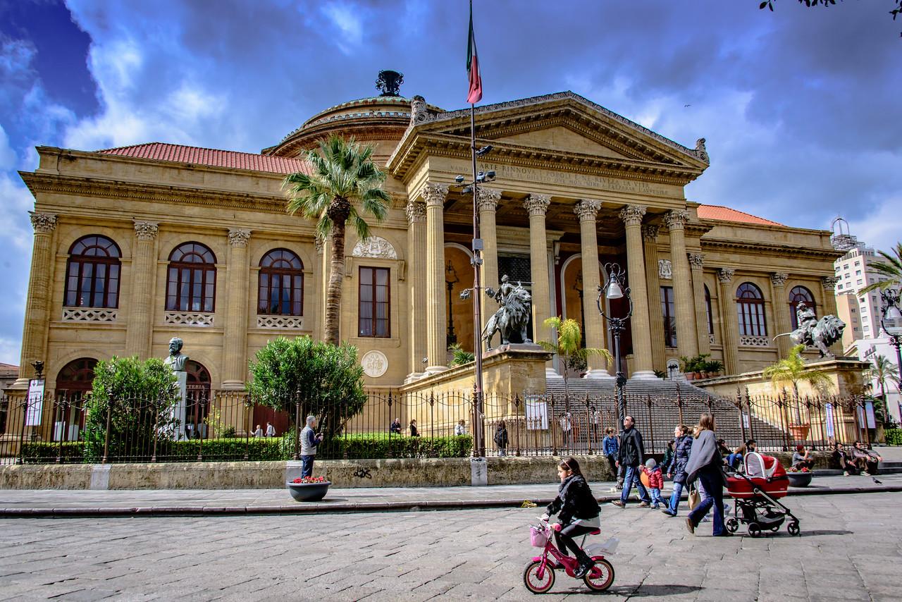 Teatro Massimo Vittorio Emanuele  opera house, Palermo circa 1897