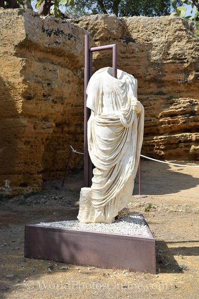 Necropolis Statue