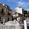 Piazza Duomo Fountain