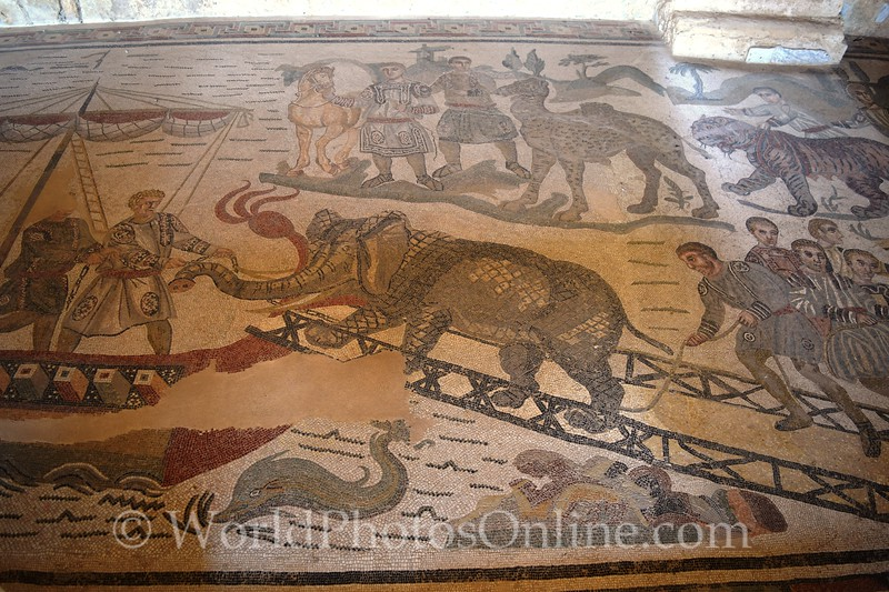 Mosaic of Great Hunt on Grand Corridor
