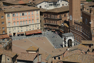 Overlooking view of Piazza del Campo in Siena, Italy