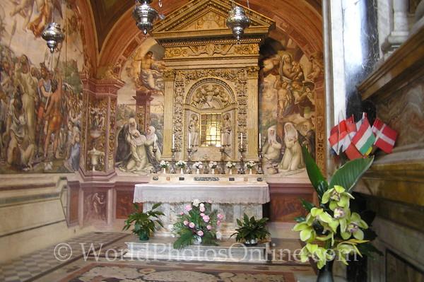 Siena - Basilica of San Domenico - Chapel of St Caterina