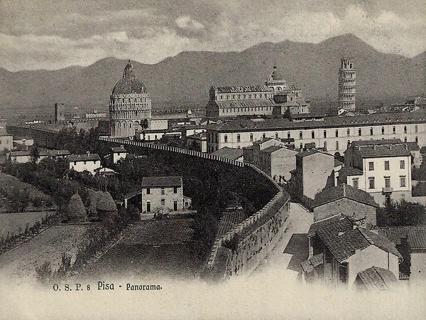 A Panorama of Pisa