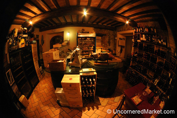 Wine, Smoked Meats and a Cosy Atmosphere - Montefollonico, Italy