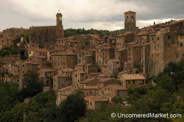 Layers of Buildings in the Hill Town of Sorano - Maremma, Tuscany