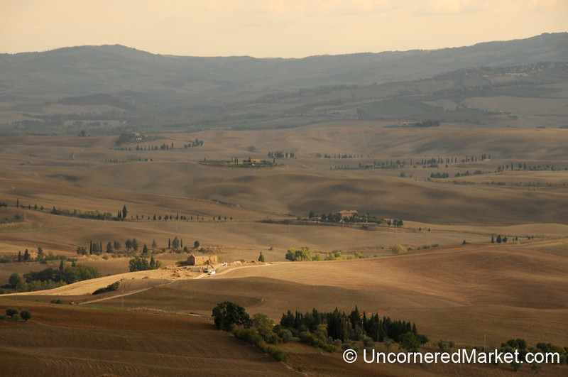 Light Over the Val d'Orcia - Tuscany, Italy