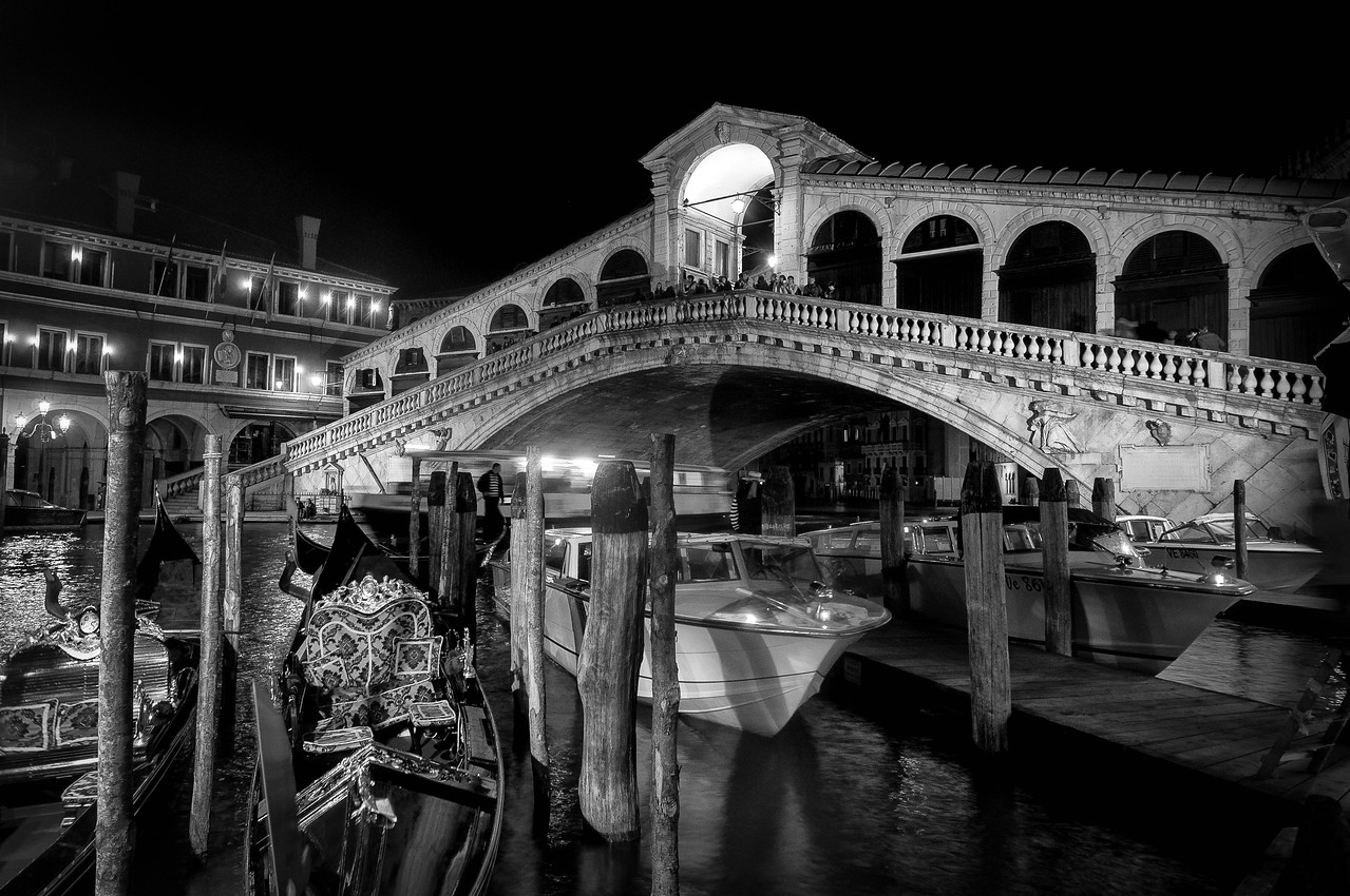Rialto Bridge at night in Venice, Italy