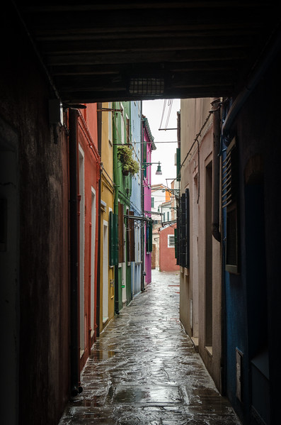 A narrow passage on Burano.