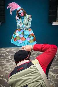Making-of Venise Carnival shooting at magic Burano! Merci Muriel for this wonderful shot!