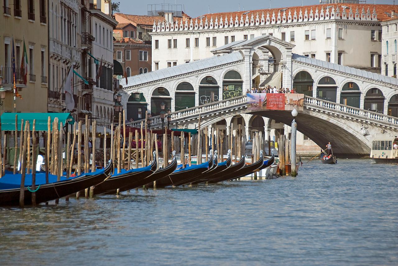 The Rialto Bridge over Grand Canal in Venice, Italy