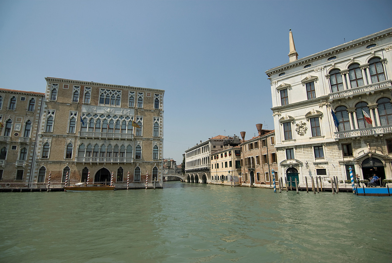 Wide shot of the Grand Canal and nearby buildings - Venice, Italy