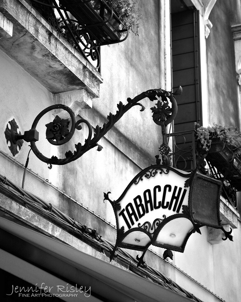 Tabacchi Sign