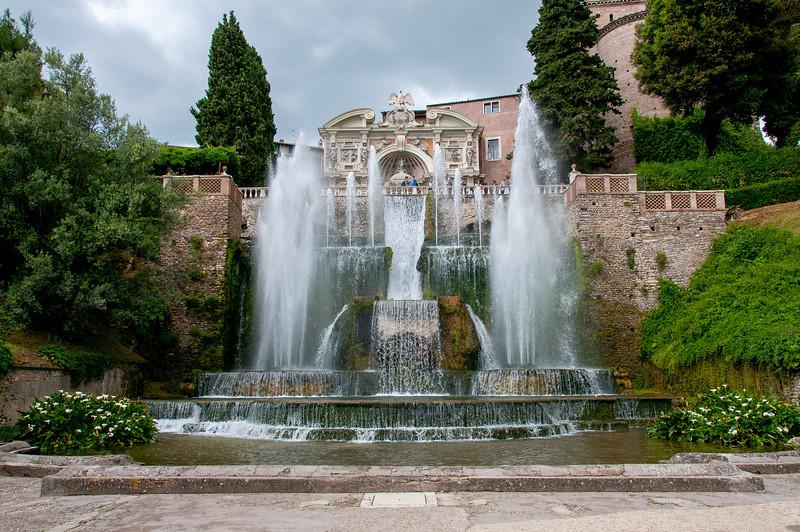 Fontana di Nettuno in Villa d'Este in Italy