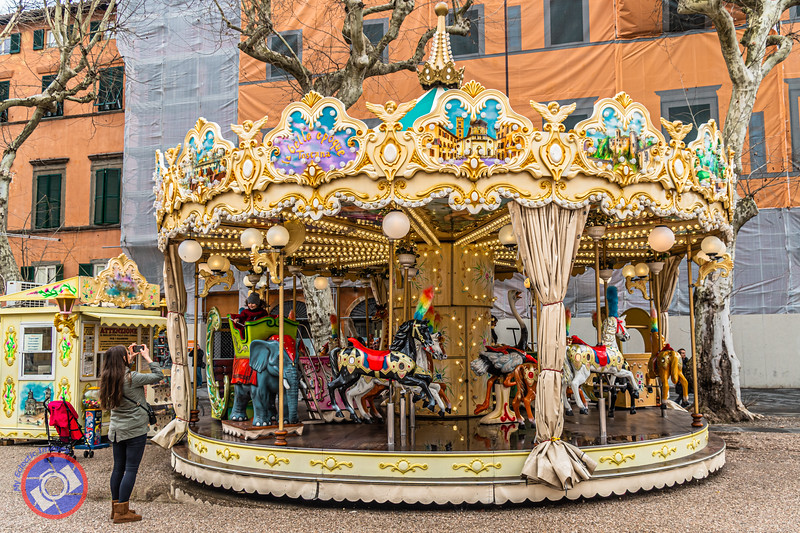 The Antique Carousel in Piazza Grande (©simon@myeclecticimages.com)
