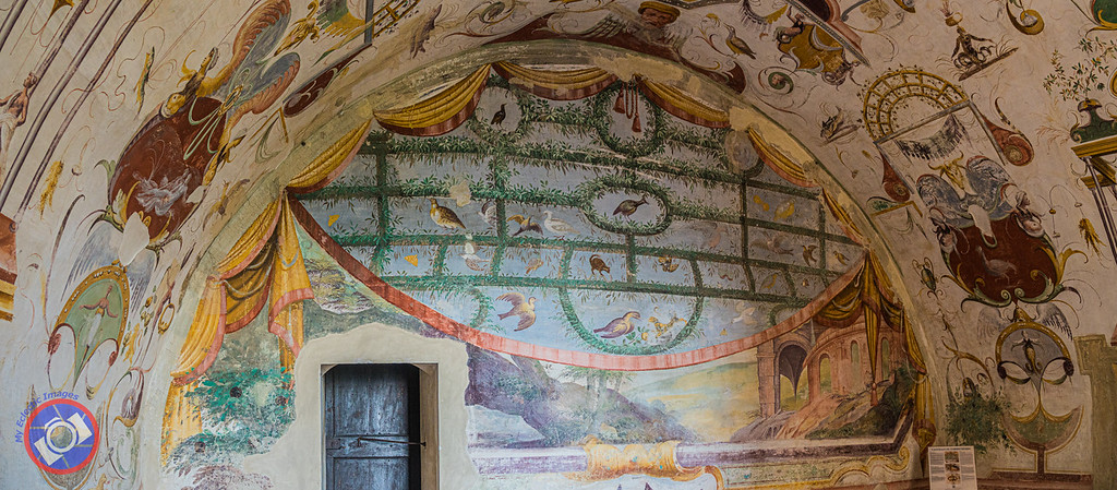 An Example of the Frescos in Torrechiara Castle (©simon@myeclecticimages.com)