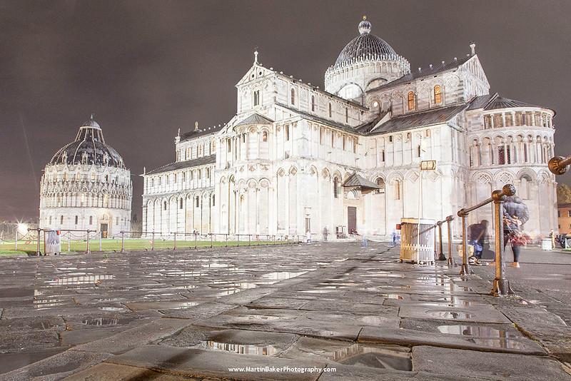 The Baptistery and Il Duomo, Campo dei Miracoli, Pisa, Tuscany, Italy.