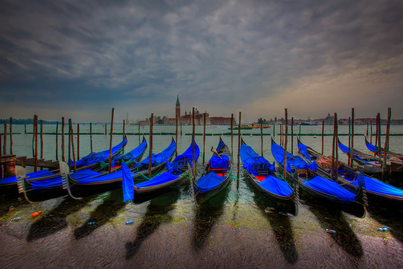 venice boats early morning