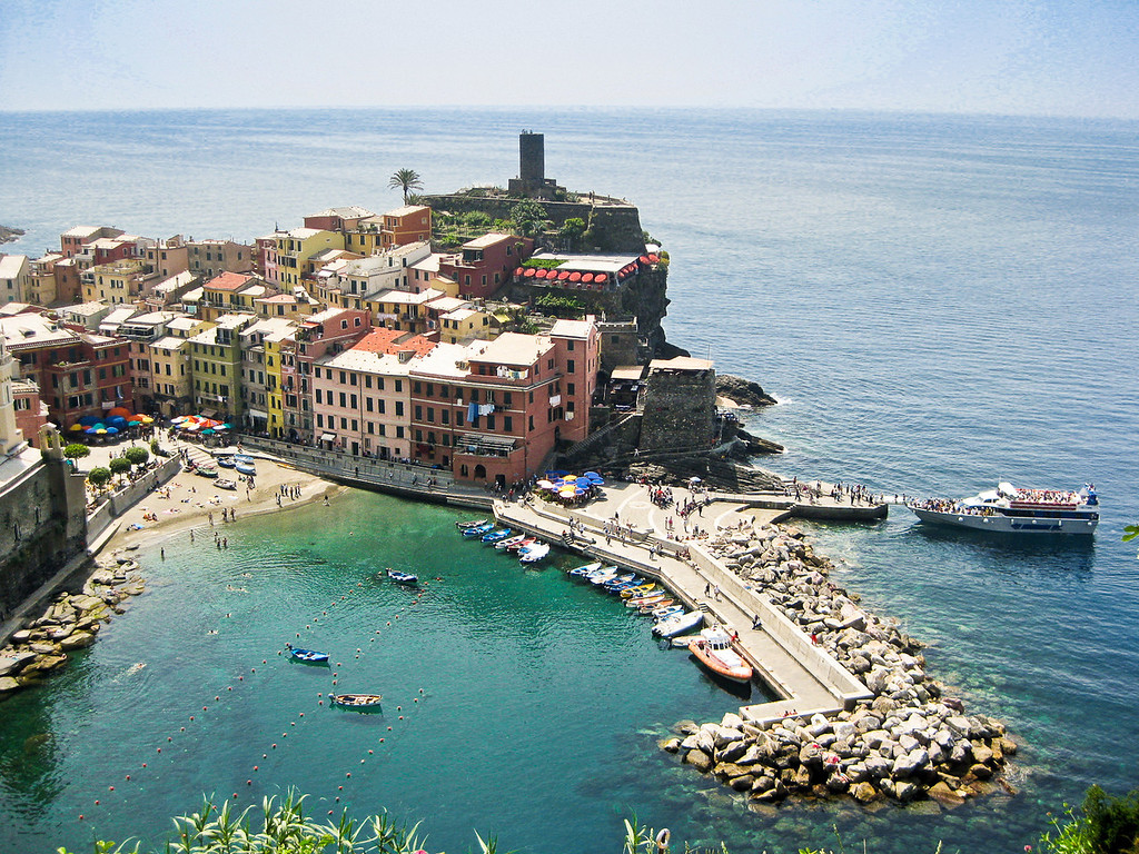 how to hike cinque terre, italy
