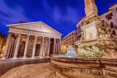 The Pantheon & Fountain