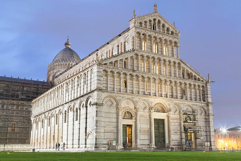 Il Duomo, Campo dei Miracoli, Pisa, Tuscany, Italy.