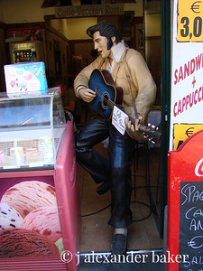 Elvis now sells gelato in Rome.