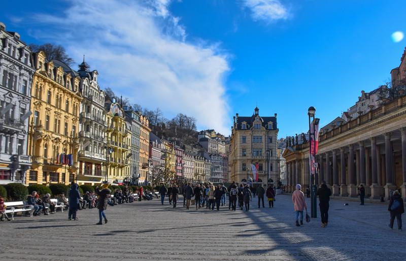 Korlovy Vary's main square