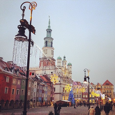 Old town Poznan, #Poland winding down from Christmas, ramping up to the new year. One of the fringe benefits of being based in Berlin. Hop a train and in a couple of hours, you're over the border drinking 1€ beers and eating piles of pierogies. via Instagram http://instagram.com/p/xPIk7OOWcP/
