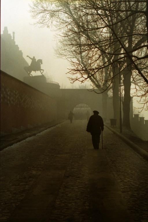 Misty Stroll to Wawel Castle - Krakow, Poland