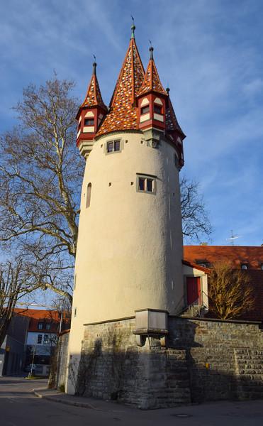 Renaissance tower and city walls