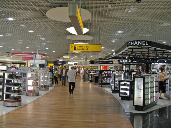 Duty Free Shops, Terminal 3, Heathrow Airport, London England