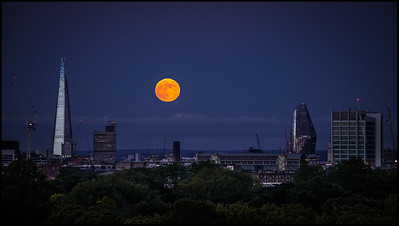 Full moon from Primrose Hill, 5 June 2020