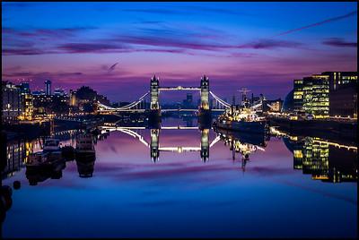 A still February morning on London Bridge