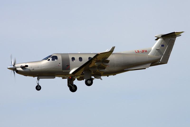 LX-JFH Pilatus PC-12-45 c/n 522 Paris-Le Bourget/LFPB/LBG 10-07-16