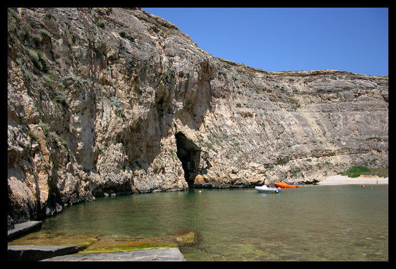 We then climbed here at a place called the Inland Sea. The tunnel goes a few hundred yards out to the ocean. We traversed the left wall into the tunnel and climbed inside for a while. If we had a boat we could have had pictures! But as it was it was just fun fun fun!