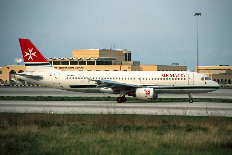 9H-ABQ Airbus A320-211 c/n 0293 Malta-Luqa/LMML/MLA 10-01-96 (35mm slide)