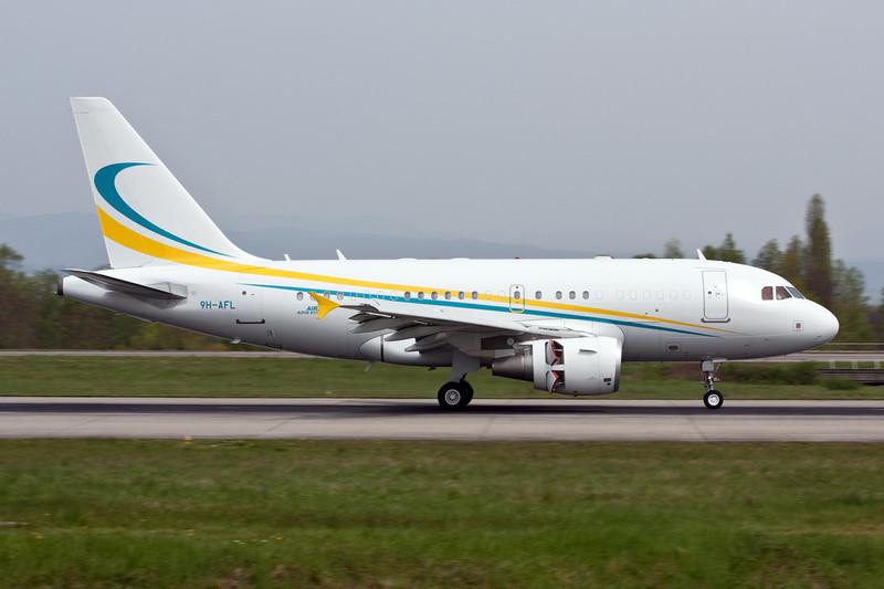 """9H-AFL Airbus A318-112CJ """"Comlux Aviation Malta"""" c/n 3363 Basle-Mulhouse/LFSB/BSL 23-04-10"""
