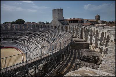Amphitheatre / Les Arenes