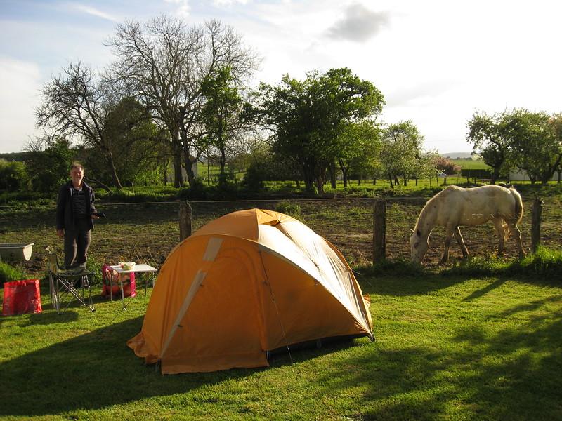 Co 0001 op de camping van Monitigny-le-Roi