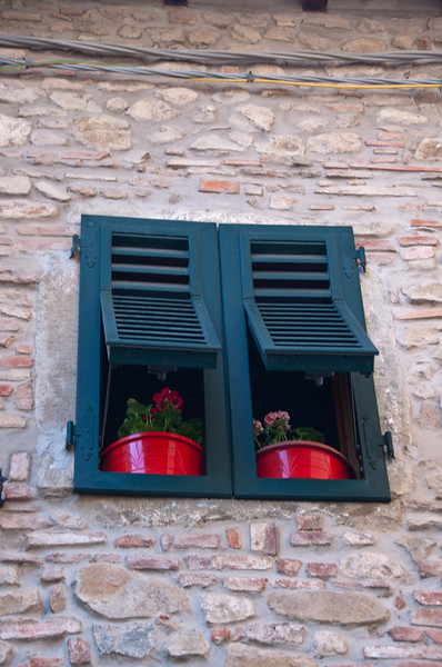 Red flower pots.  Montecatini Terme, Italy