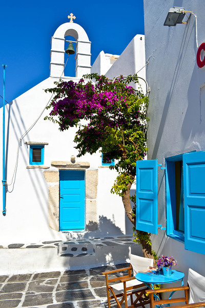 The streets of Mykonos