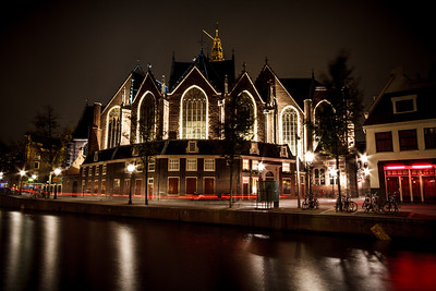 Beautiful Amsterdam by night.